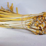 Correas de cuero para el calzado amarillas